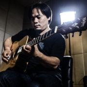 吉他中国小兵姜伟