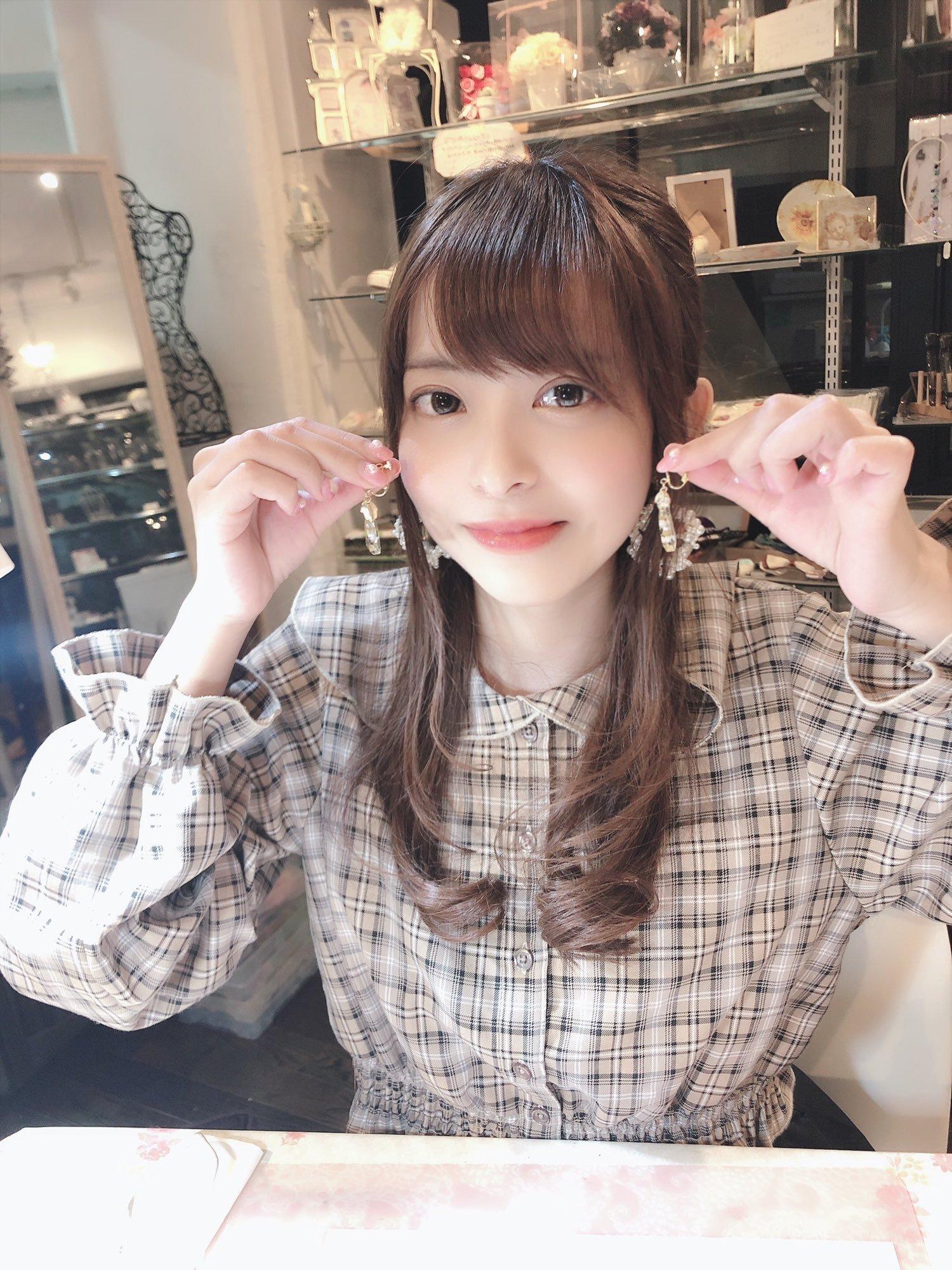moko_sakura3 1232151695418748929_p0