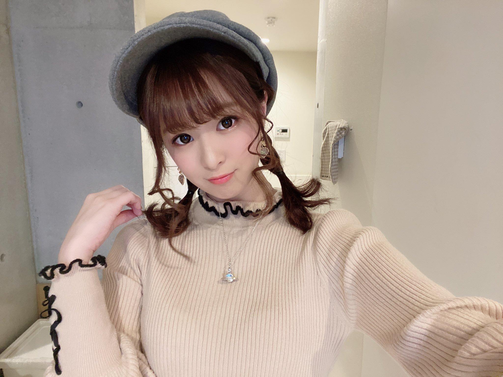 hikari_ninoheee 1240550539525382144_p0