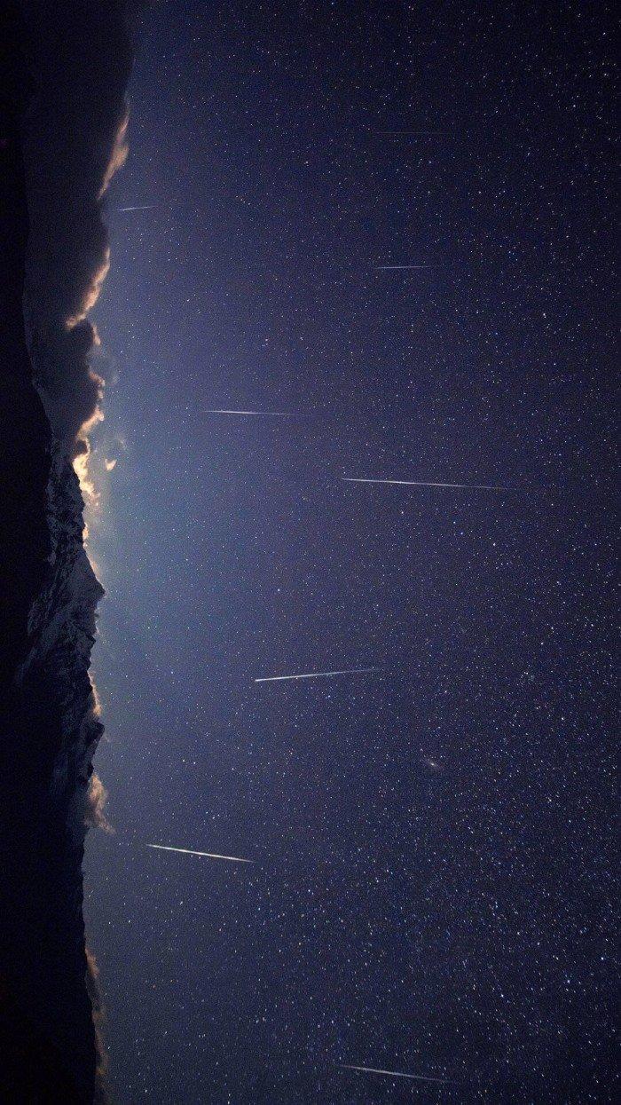 晚安心语说说0524:星星是银河递给月亮的情书,你是世间赠于我的恩赐