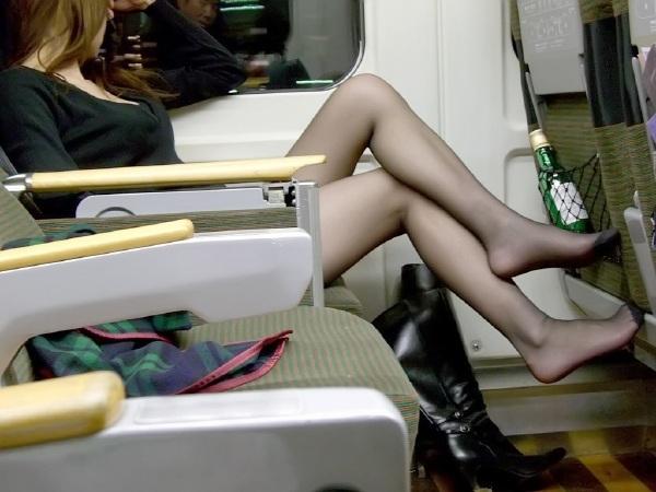 坐高铁~遇到的妹子~