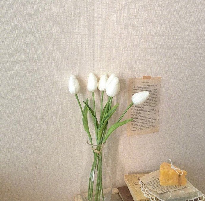 itotii晚安心语文字200130:人生就是长久的难过和偶尔的快乐