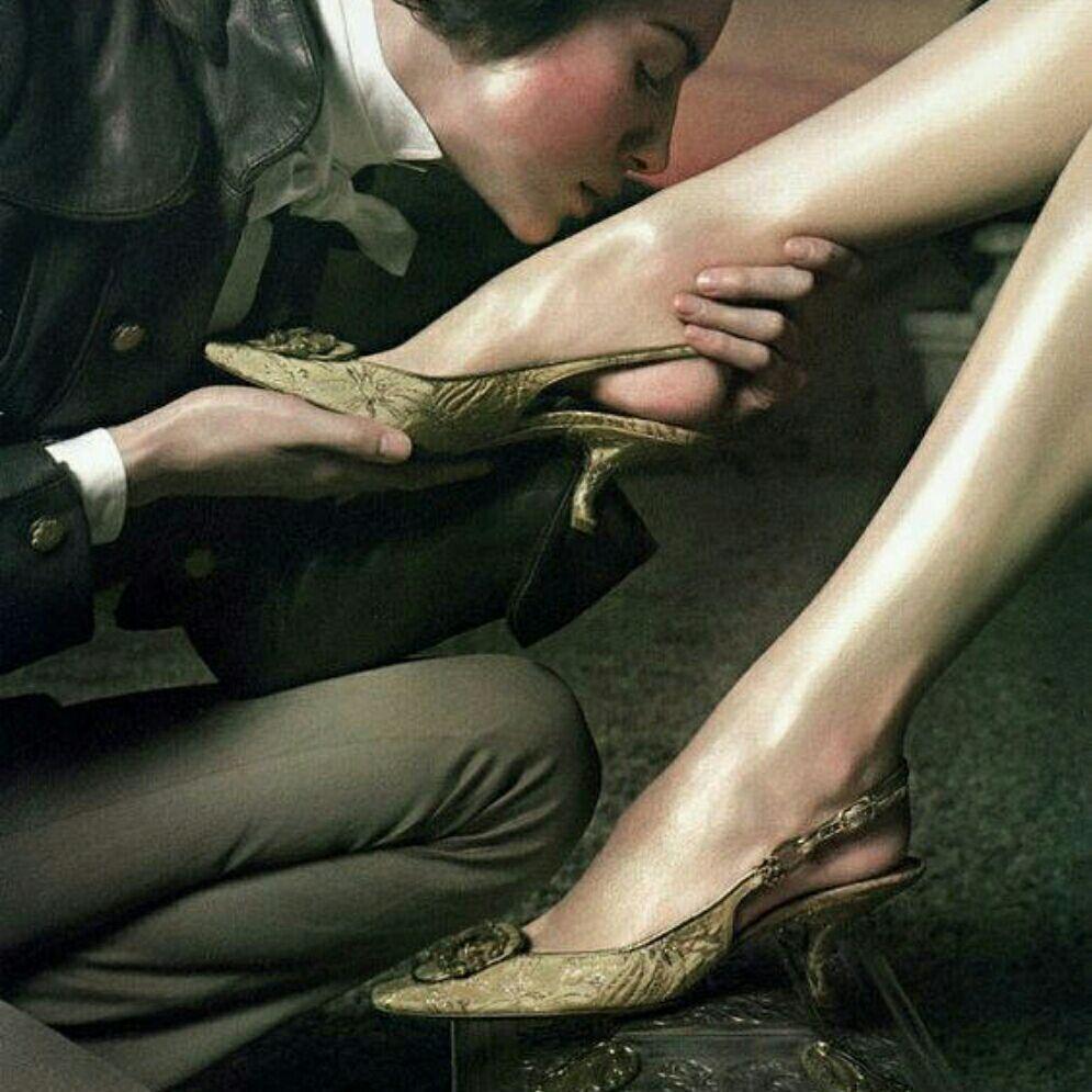 高跟鞋丝袜操逼_求射在丝袜上,高跟鞋上的图片和网站越多越好.邮箱xishi3175074@163