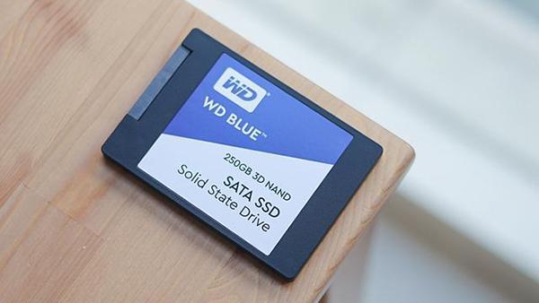 SSD固态盘价格面临崩盘:明年降幅更大的照片