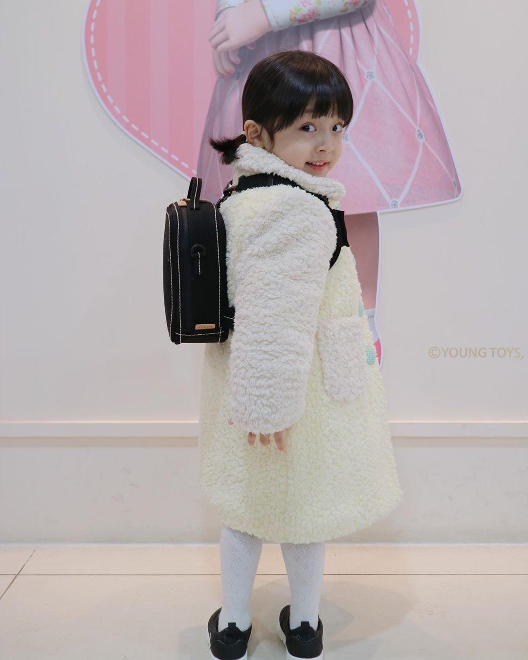 金泰熙主演韩剧《你好妈妈,再见!》惹争议,让小男孩扮演女生引发韩国网友批评插图(4)
