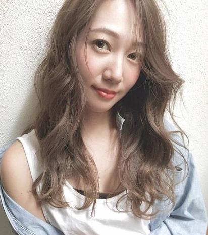 女装搭配流行发型的图片 第7张