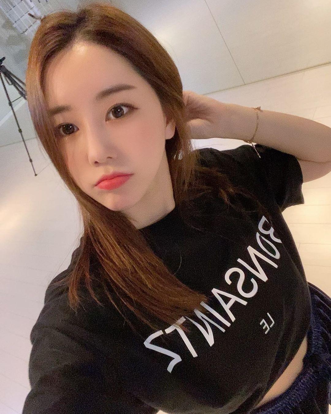南韩前SBS体育美女主播黄宝美(황보미) 养眼图片 第5张