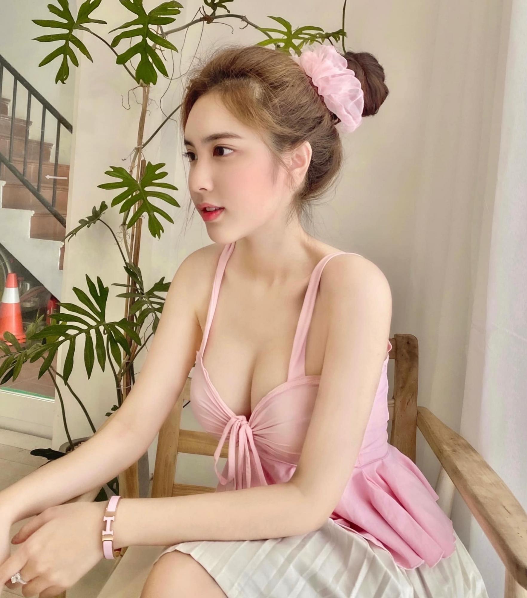 越南18岁美少女DOANGHI气质性感兼具 吃瓜基地 第2张