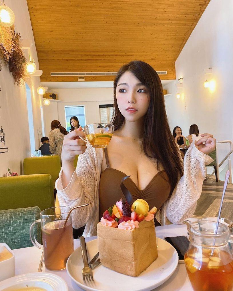 图片[9]-古装正妹「Mia米亚亚」脸蛋超甜美,实际身份是「火辣H奶酒商」!-福利巴士