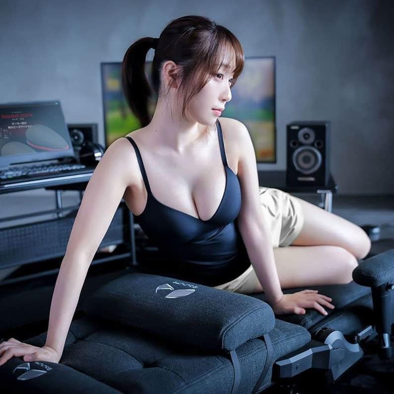 【捕鱼王】女神Coser「伊织萌」最新写真照出炉!超火辣「围裙」让粉丝疯狂
