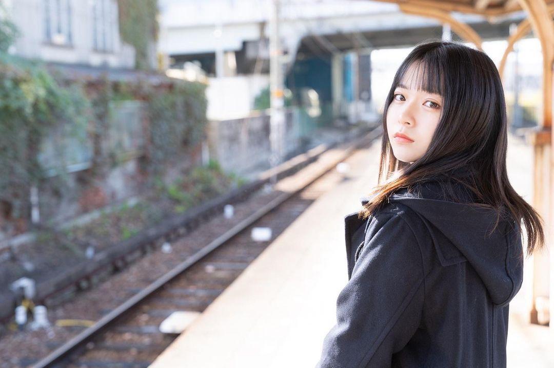 17岁仙女高中生瀬戸りつ绝美长相激似IU 全身散发空灵气质美到有点不真实 养眼图片 第28张