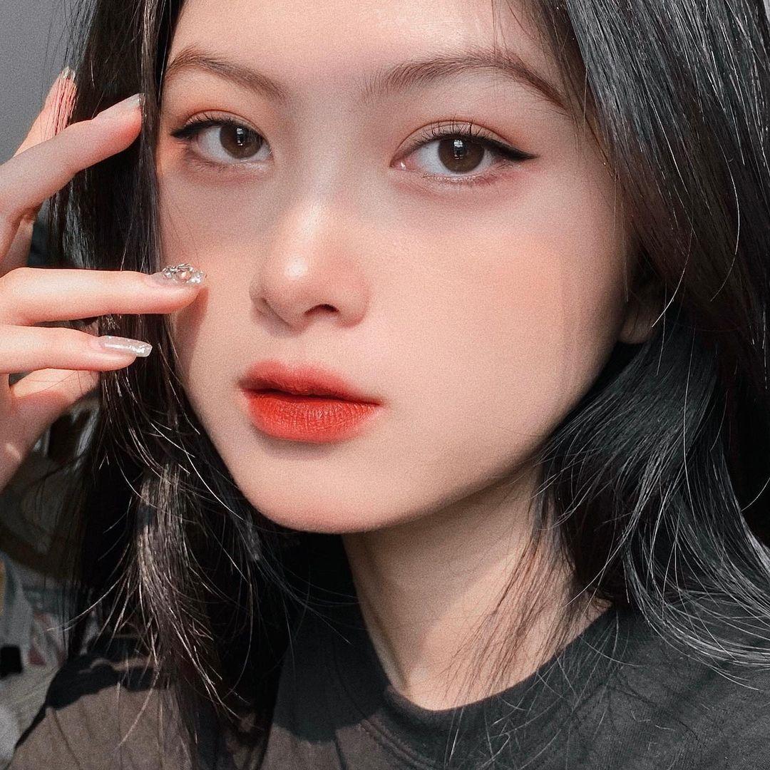 [人物]清纯越南妹子「Leely」辣穿奥黛,让人不被她掳获都不行啊. 养眼图片 第20张