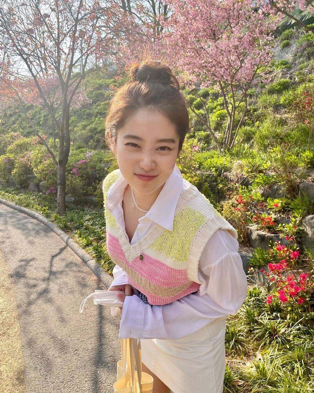 韩国甜甜小姐姐한나身材超会藏根本是神隐少女