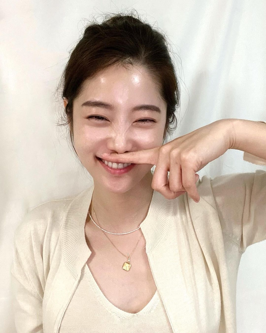 韩国甜甜小姐姐한나身材超会藏根本是神隐少女 宅猫猫 热图2