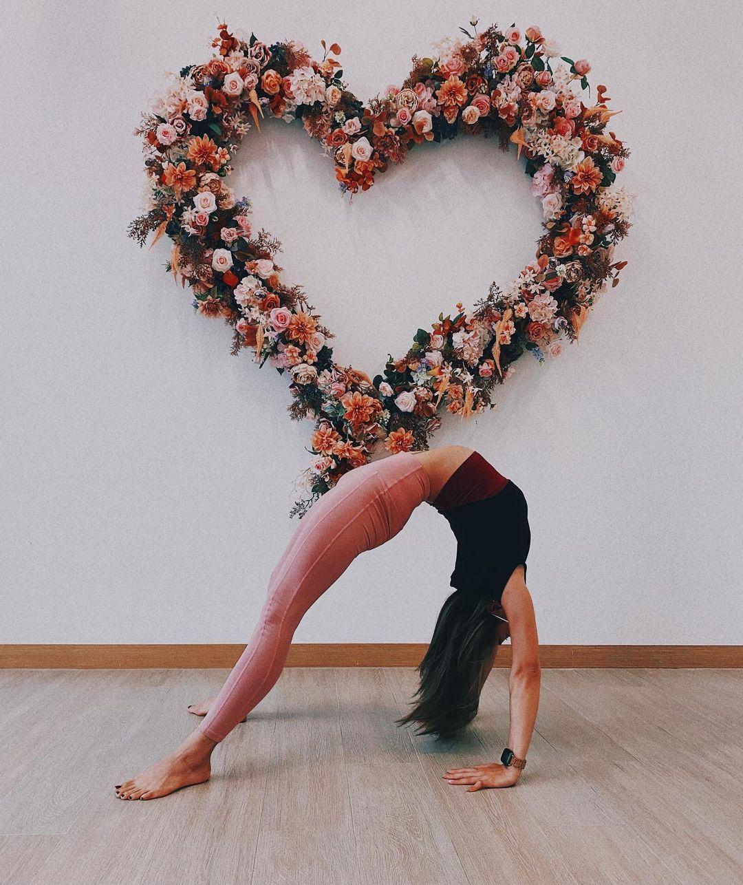 身形健康又美丽的瑜伽老师newayyee竟是香港空姐 宅猫猫 热图4
