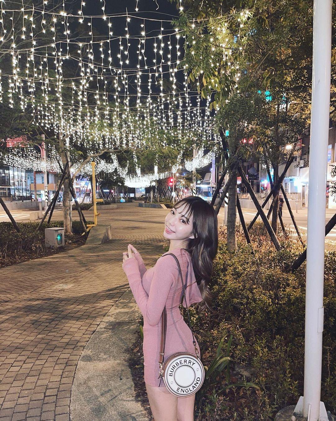 甜美正妹「啾啾」自制酒精湿巾做公益,人美心善粉丝推爆!-新图包