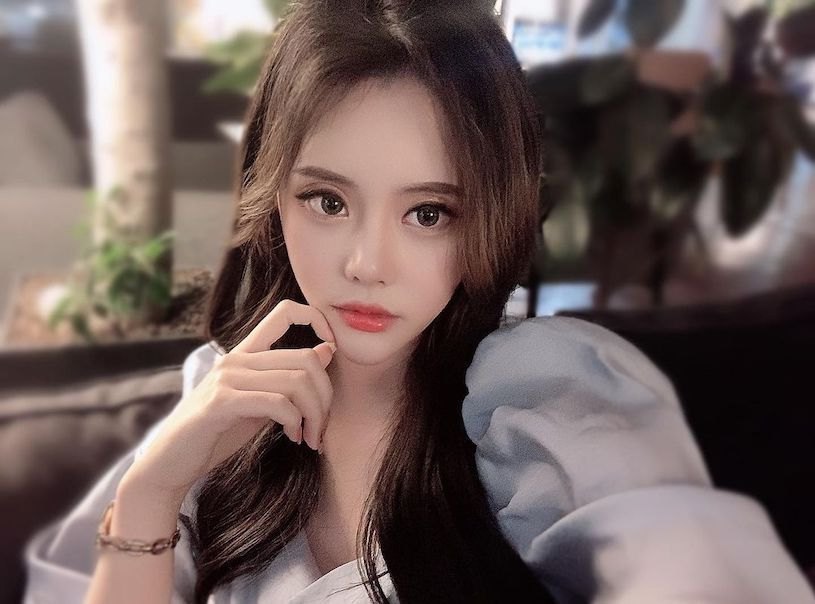 美图精选&美艳正妹「微卷边上衣好性感」,「隐约的事业线」让人着迷!-兔子社