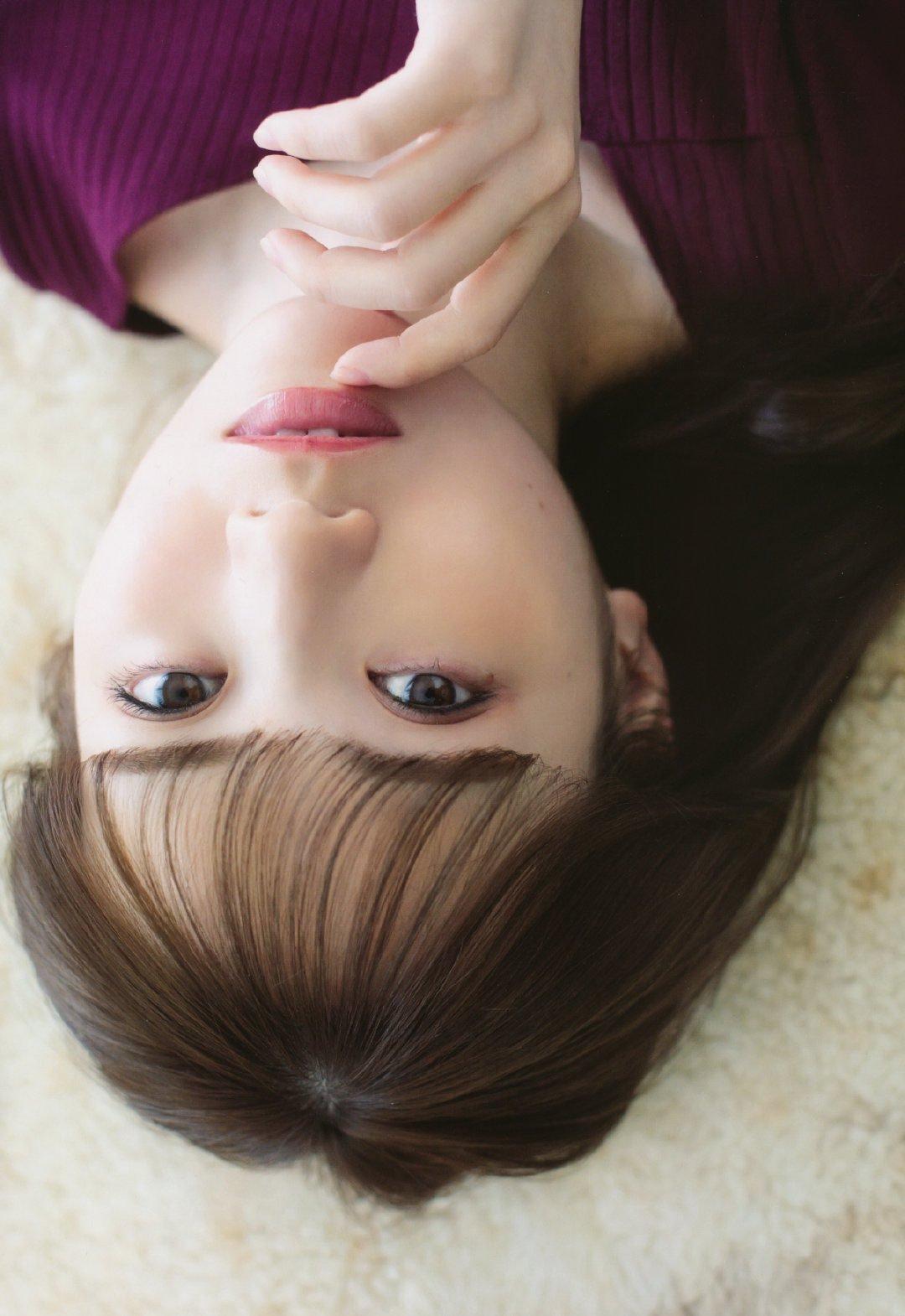 日本人气偶像女团「乃木坂46」田村真佑美图欣赏在线看-觅爱图