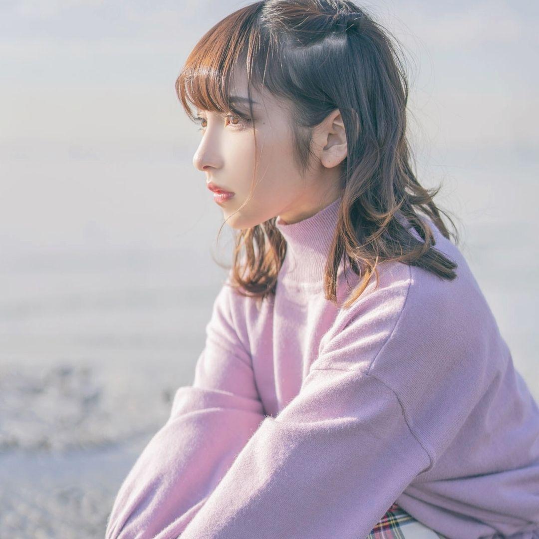 平成最后的奇迹原石!22 岁正妹「十味」晒海滩美照玩到满身沙-itotii