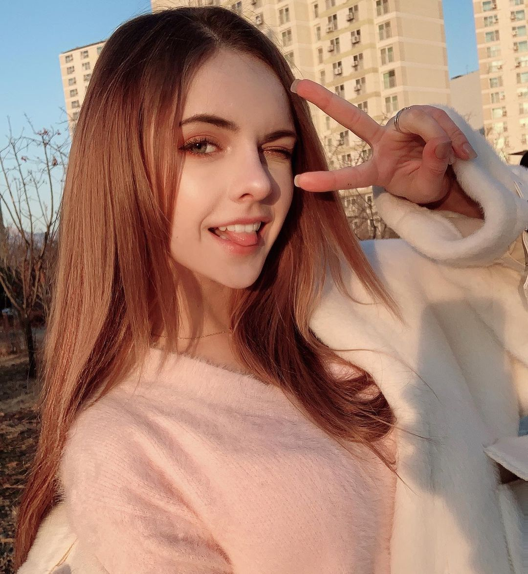 天使级白俄罗斯正妹「Sasha Song」…白皙肌肤X绝美脸蛋太逆天啦!-新图包