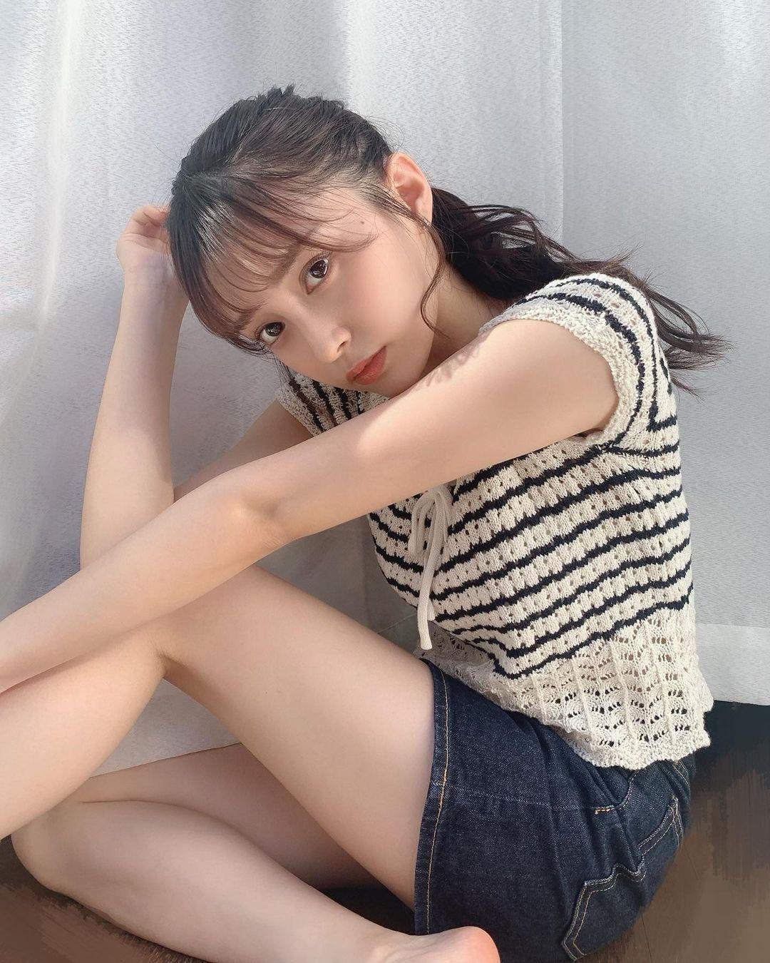 18 岁的青春魅力.清新美女「小山璃奈」高中一毕业就解放长腿 养眼图片 第8张