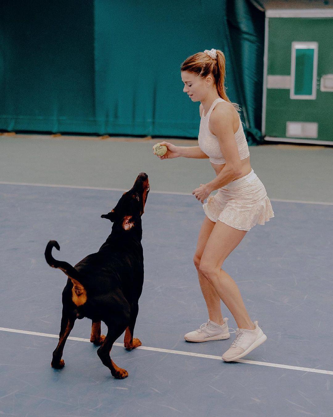[东奥正妹]意大利网球女神小钢炮确定出战 超自律训练日常曝光 网络美女 第10张