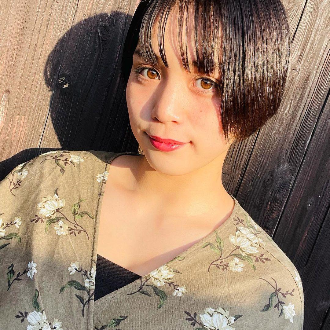 选美比赛冠军 短发高中妹山冈雅弥16岁青春 深邃卧蚕双眼彷佛随时在放电 网络美女 第4张