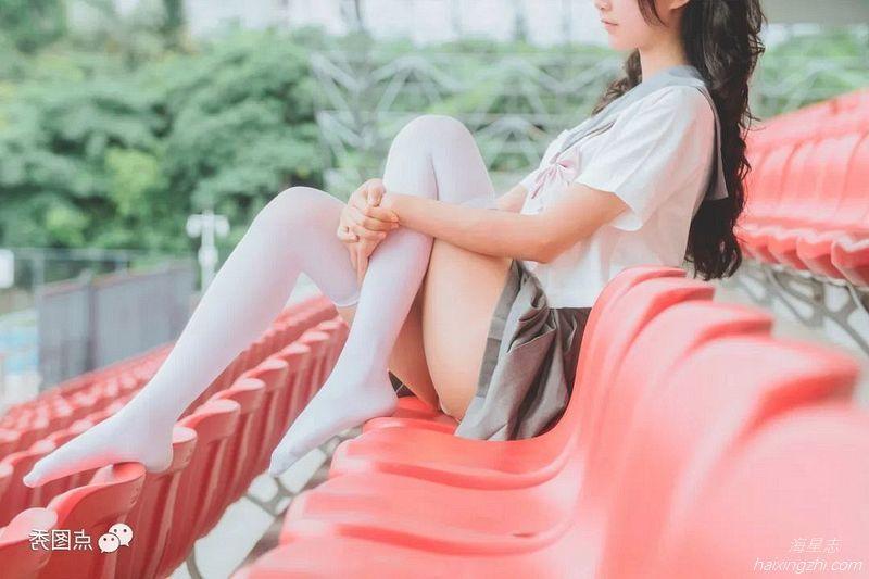 萌系小姐姐木绵绵 灰色JK制服_10