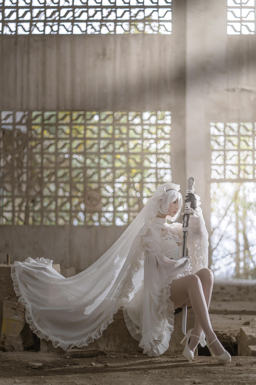 镜酱_2B白色婚纱 _202104290043_02