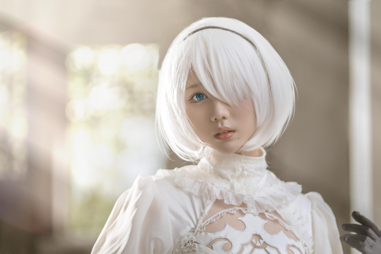 白发 白衣 白腿-镜酱2B小姐姐白婚纱套图