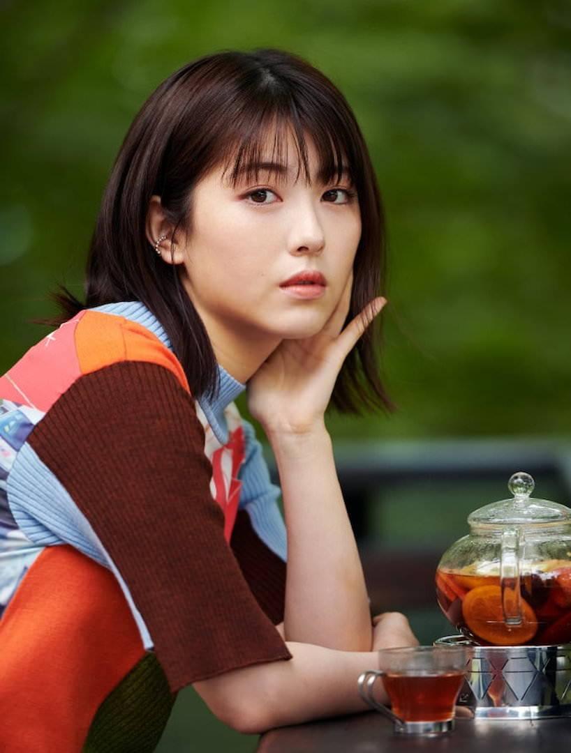 《滨边美波写真集20》10月27日发售 《月刊旅色》爱犬首次亮相  高清套图 第6张