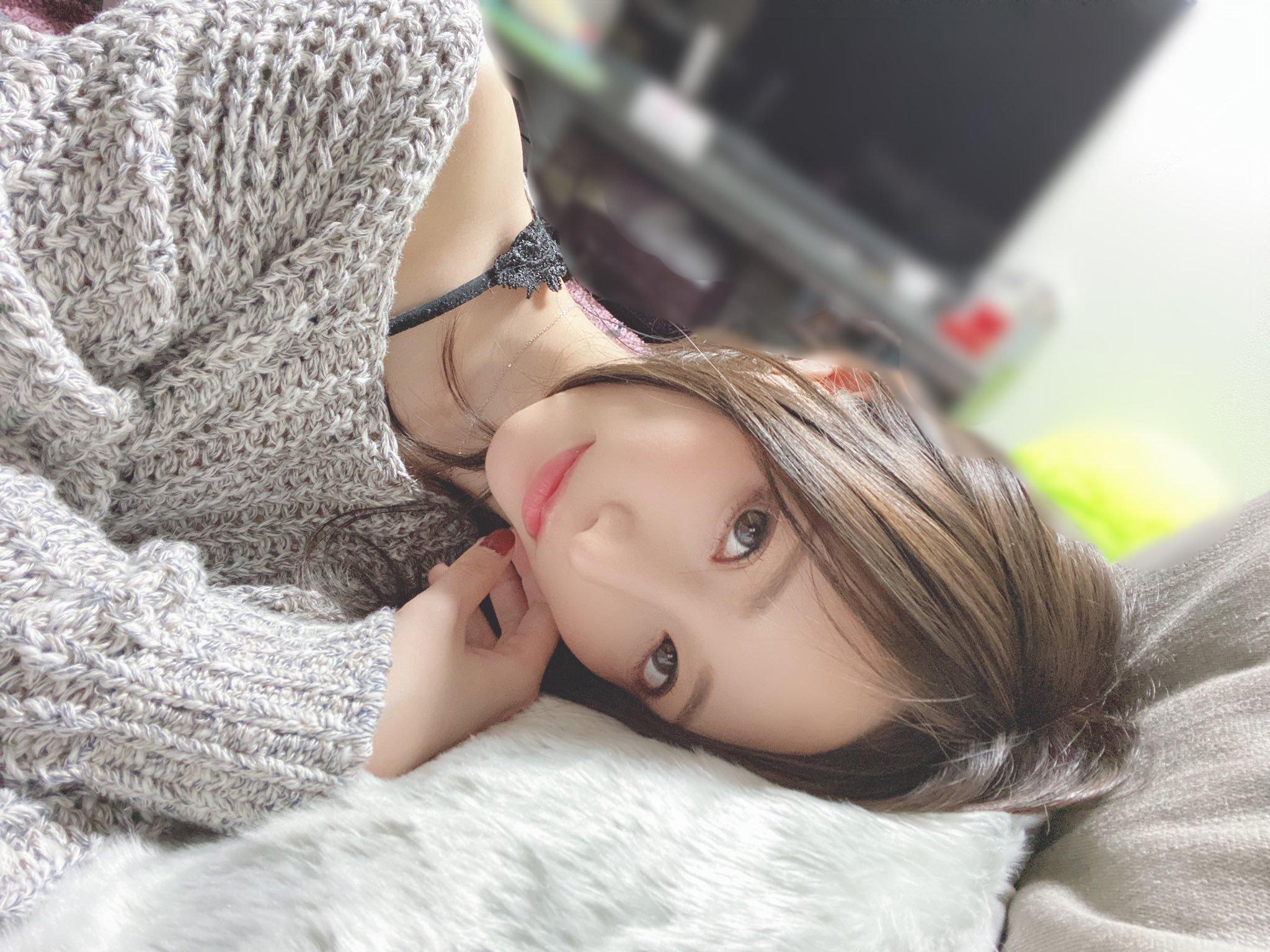 amatsuka_moe 1253643716058701824_p0