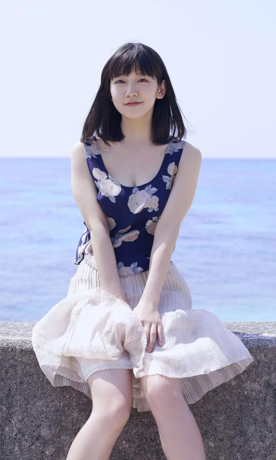 吉冈里帆 写真集Riho (9)