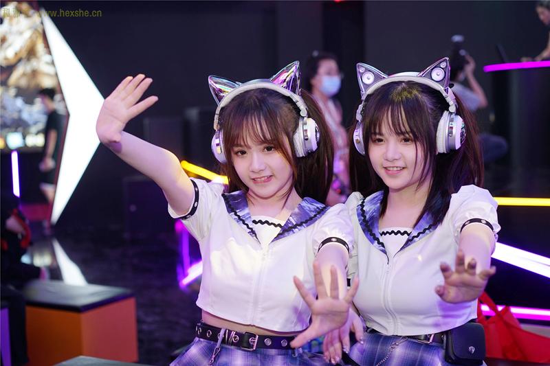 ChinaJoy惟妙惟肖双胞胎_和邪社12