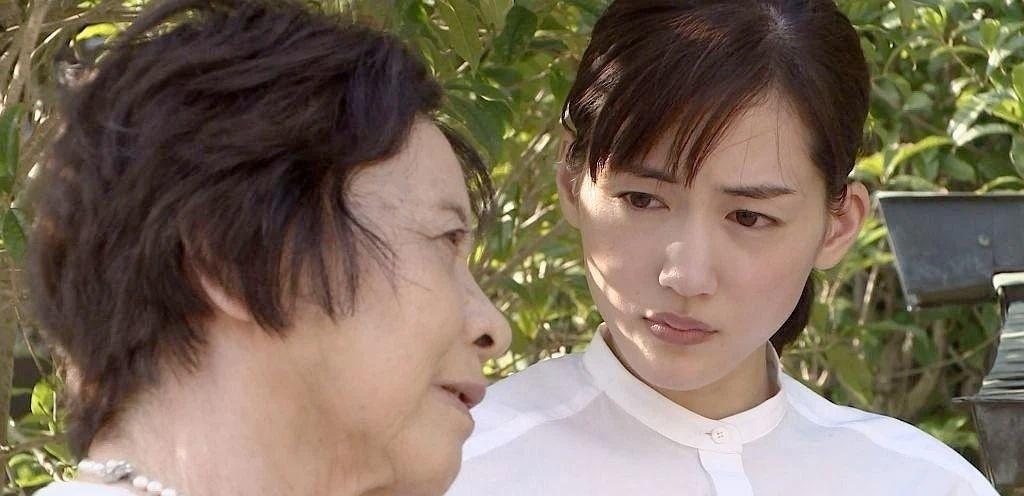 国民演员绫濑遥挑战他人不敢触碰的争议话题而圈粉无数 (3)