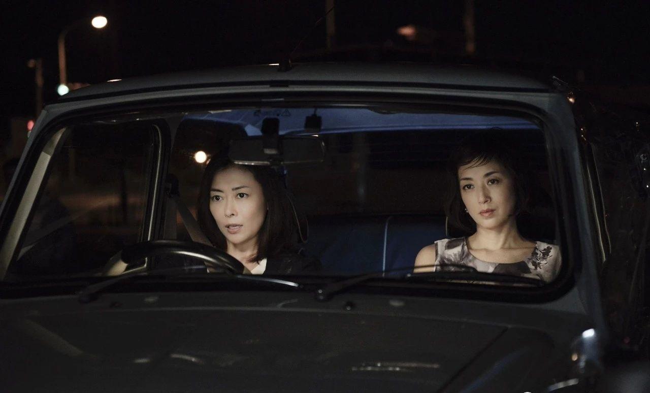 干了不少对日本网友有吐槽点事情的高冈早纪这么多年却没有翻过车 (2)