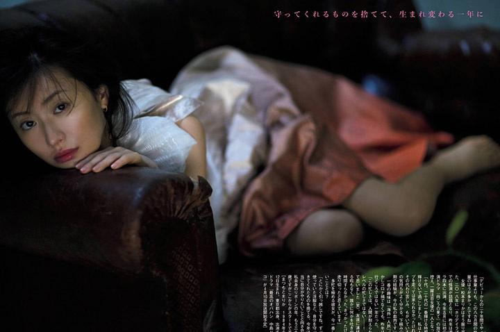 精致美魔女松本真理香为了完美写真作品而死磕自己导致血糖低而滑倒 (39)