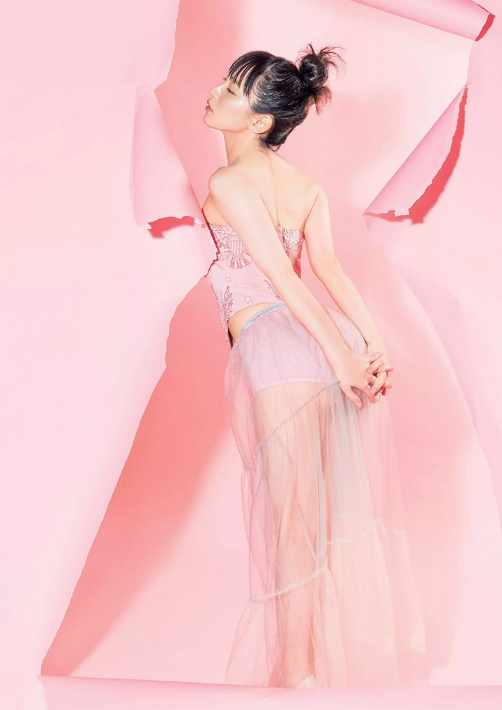 吉冈里帆再次出现在花花公子时尚杂志彰显自己性感可爱的写真作品 (10)
