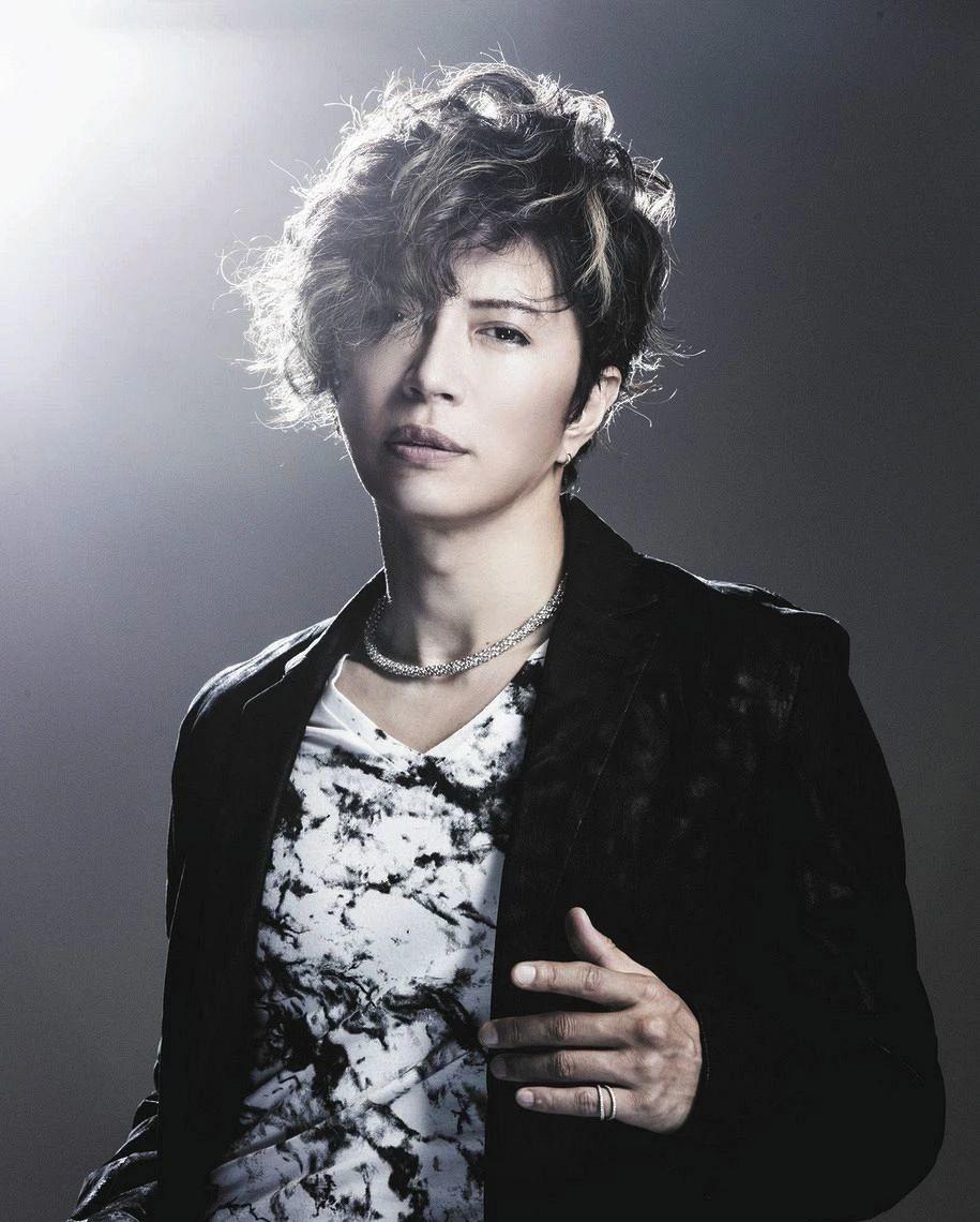 日本知名歌手GACKT因为身体状况导致无法正常发声而宣布退出 (1)