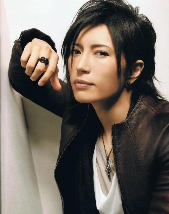 日本知名歌手GACKT因为身体状况导致无法正常发声而宣布退出 (4)