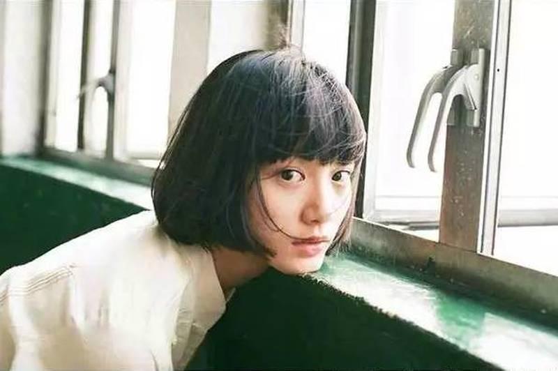 独具日系风格的香港文青女神袁澧林写真作品