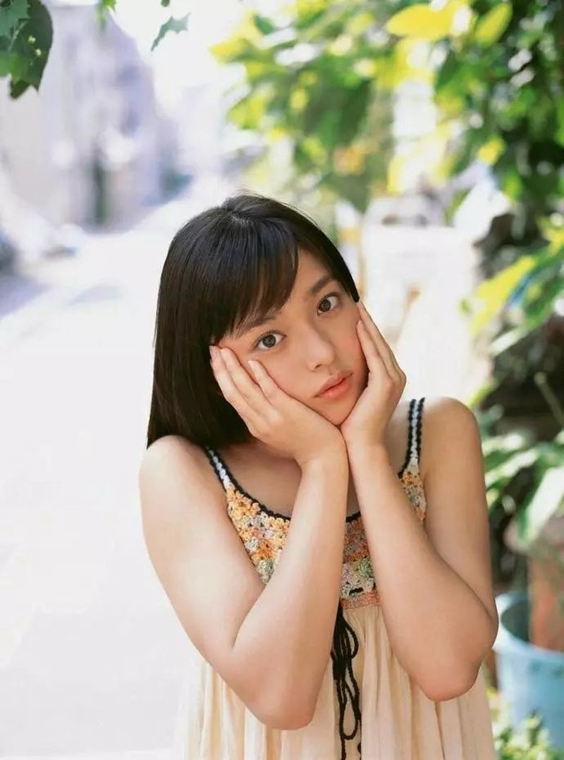 元气满满的天然萌妹纸未来穗香写真作品 (89)