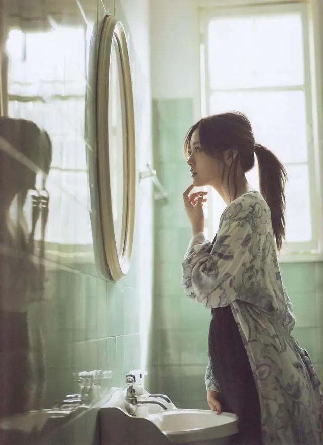 """被号称""""乃木坂第一美颜""""的白石麻衣写真作品 (8)"""