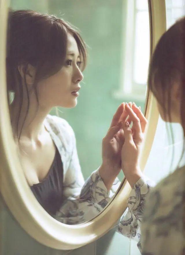 """被号称""""乃木坂第一美颜""""的白石麻衣写真作品 (14)"""