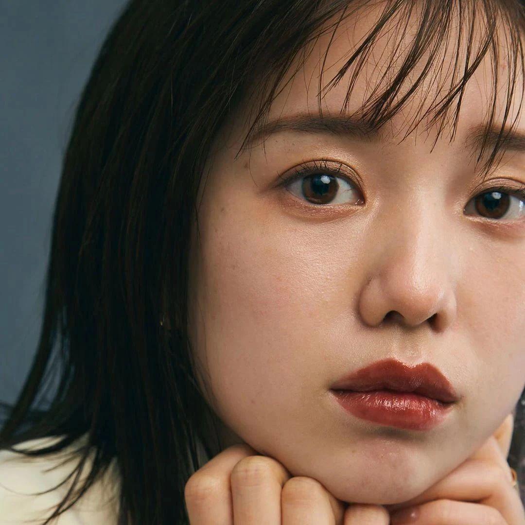 永远一张娃娃脸的棉花糖女孩弘中绫香写真作品 (51)