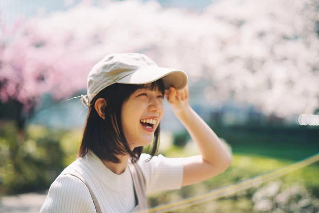 永远一张娃娃脸的棉花糖女孩弘中绫香写真作品 (64)