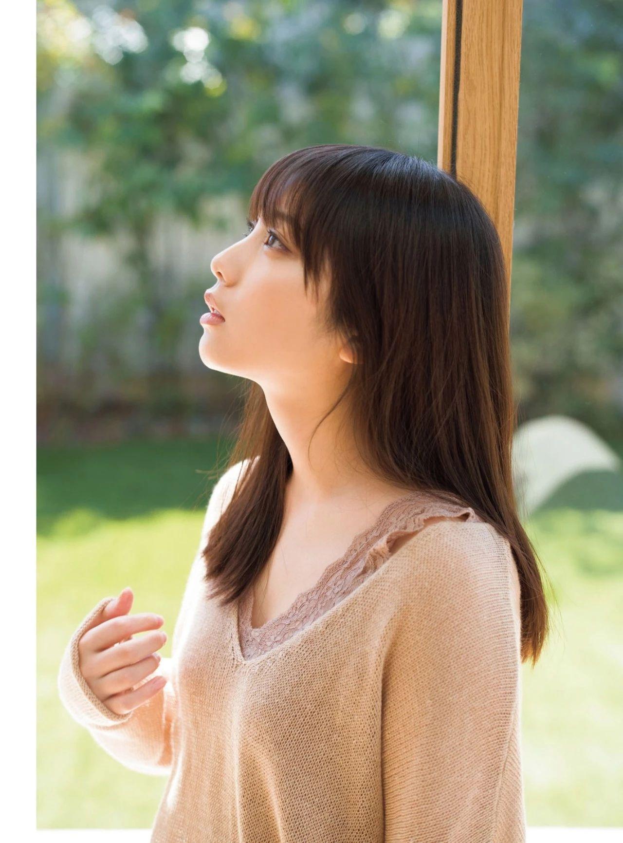 从小美到大的与田祐希《沉默的时间》写真作品 (17)