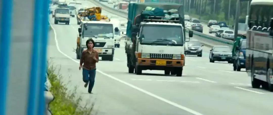 灾难恐怖电影《流感》在生死面前人性都是私自的 (5)