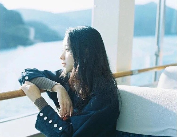 不急不躁岁月静好的堀田真由写真作品 (14)