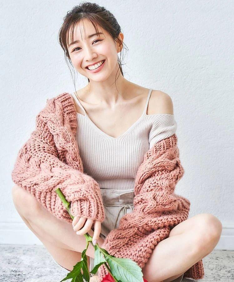 80后日本最美女主播田中美奈实写真作品 (40)
